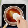 Nước chấm bánh cuốn lá dứa nhân tôm nấm: Cho vào nồi nhỏ 30ml nước mắm, 30gr đường trắng và 50ml nước. Khuấy đều và nấu đến khi hỗn hợp nước mắm sôi thì tắt bếp. Khi ăn cho thêm ớt xay vào.