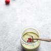 Panna cotta trà xanh mâm xôi là món ăn vặt mát lạnh, thơm ngon, rất hợp cho mùa hè. Tranh thủ những lúc rảnh rỗi để làm ngay vài mẻ panna cotta bảo quản ngăn mát tủ lạnh để dùng dần trong tuần nhé.