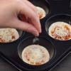 Pizza mini bằng khuôn cupcake