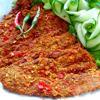 Thịt heo giả bò khô được tẩm ướp với sả, riềng, tỏi, ớt xay cùng nhiều gia vị cho món thịt khô thơm ngon, đậm đà. Món này nhâm nhi trong những ngày mưa là ngon hết ý.