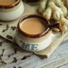 Hương vị của ly trà sữa siro gừng ngon miệng với phần trà thơm quyện đều cùng sữa béo và thật đặc biệt khi có chút thoang thoảng hương gừng tạo nên cảm giác ấm cúng giữa những ngày cuối năm trời lạnh. Chắc hẳn là công thức này sẽ thỏa mãn rất nhiều tín đồ trà sữa đấy!