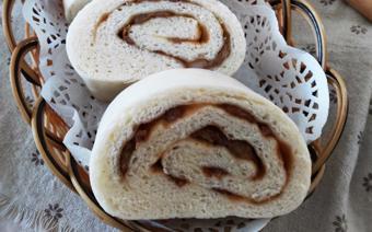 Bánh bao cuộn thịt