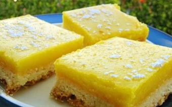 Bánh chanh vàng óng