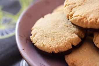 Bánh cookie phủ chocolate