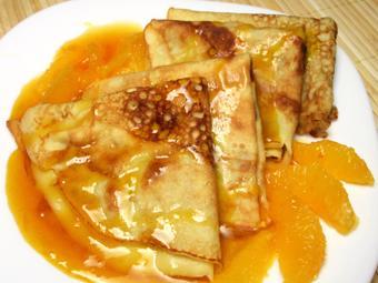 Bánh Crepe sốt cam