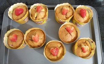 Bánh cupcake dâu tây sữa chua
