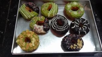 Bánh donut chocolate ngọt béo