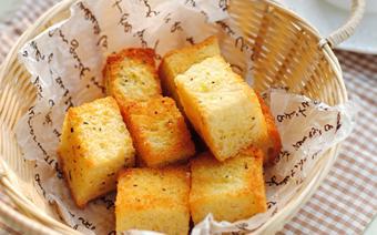 Bánh mì sandwich nướng bơ tỏi