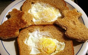 Bánh mì trứng hình thỏ