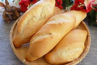 Bánh mì tươi nóng giòn