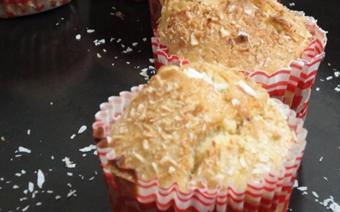 Bánh muffin chuối dừa