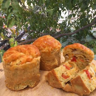 Bánh Muffin mặn - Gà và rau củ