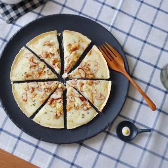 Bánh pizza Gorgonzola