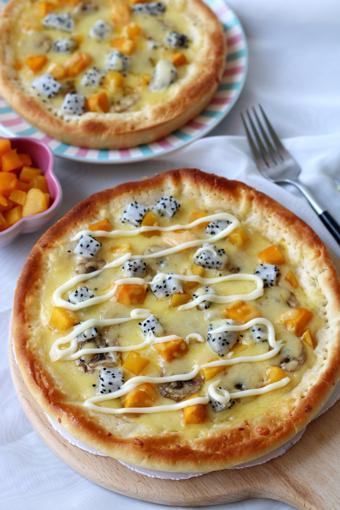 Bánh pizza trái cây