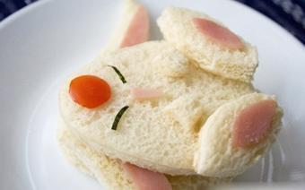 Bánh sandwich Mokona béo ú