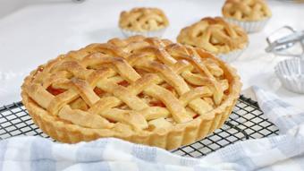 Bánh táo nướng - Apple pie