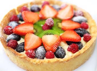 Bánh tart trái cây tươi