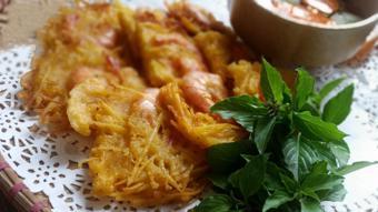 Bánh tôm Hồ Tây ngon
