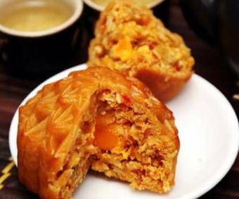 Bánh Trung Thu truyền thống thập cẩm