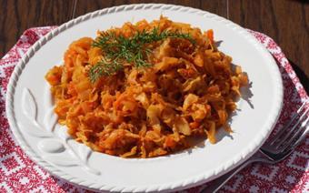 Bắp cải xào sốt cà chua