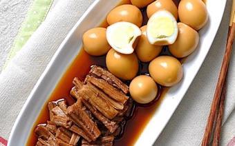 Bò kho trứng cút Hàn Quốc