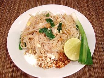 Bún xào Thái Lan