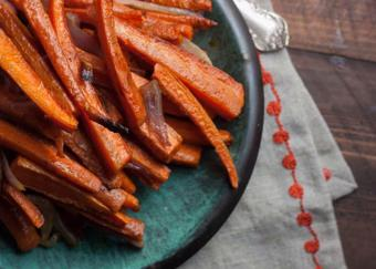 Cà rốt nướng bột quế