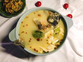 Canh cá chép đậu hũ dinh dưỡng