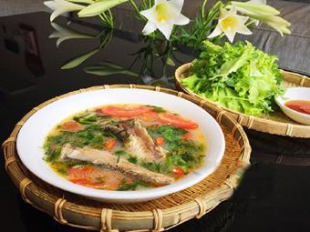 Canh cá khoai nấu mẻ