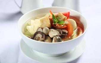 Canh chua chay kiểu Thái