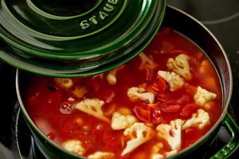 Canh rau củ cà chua