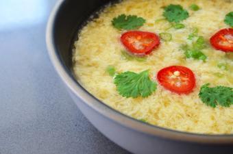 Canh súp trứng đơn giản