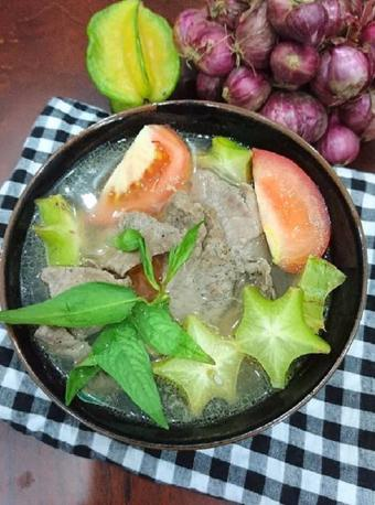 Canh thịt bò nấu khế thơm ngon