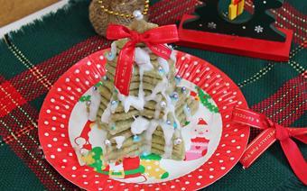 Cây thông Noel từ bánh cookie trà xanh