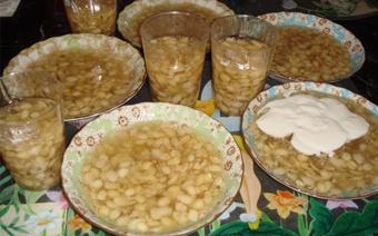 Chè đậu ván cốt dừa