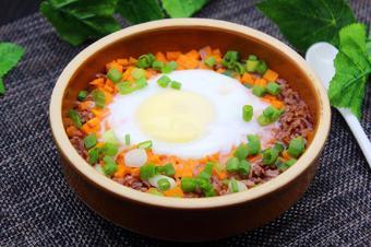 Cơm gạo lứt trứng hấp
