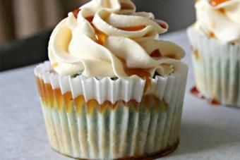 Cupcake hoa đậu biếc