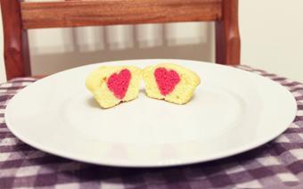 Cupcake trái nhân tim
