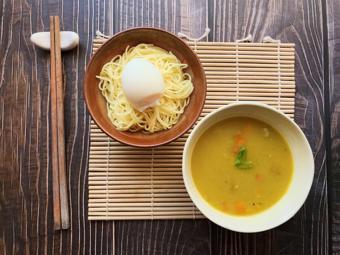Curry Tsukemen - Mì ramen nhúng súp cà ri kiểu Nhật