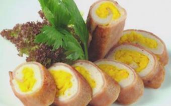Ham cuộn trứng muối