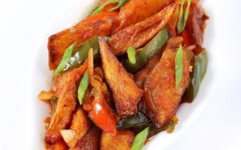 Khoai tây sốt ớt chuông