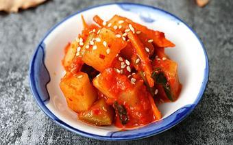 Kim chi củ cải chua giòn
