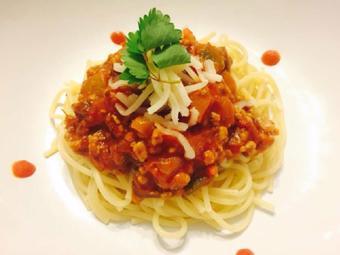 Mì spaghetti sốt thịt băm