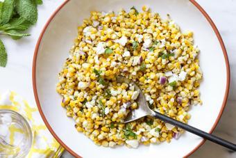 Salad bắp nướng trộn phô mai