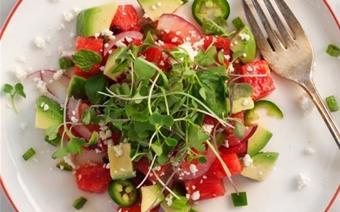 Salad bơ dưa hấu