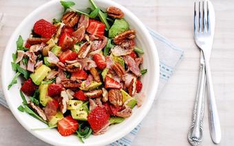 Salad dâu tây