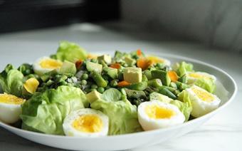 Salad măng tây và đậu Hà Lan