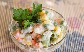 Salad rau củ luộc