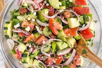 Salad rau củ phô mai chua ngọt