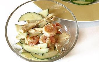 Salad tôm thịt gà